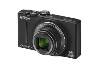 Nikon frenzy continues with new Coolpix S8200 and S6200 superzooms