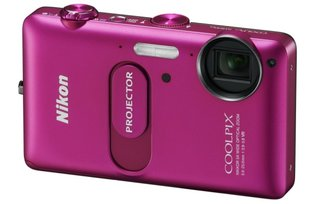 Nikon Coolpix S1200pj wants to hook up with your iPhone