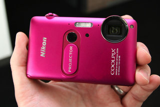 Nikon Coolpix S1200pj pictures and hands-on