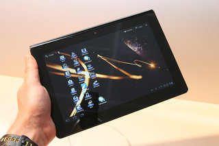 Sony Tablet S pictures and hands-on