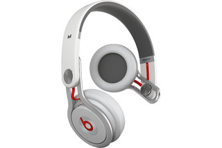 Beats by Dr Dre and David Guetta join forces for DJ-friendly Beats mixr headphones