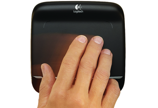Logitech tracks Apple with the Wireless Touchpad