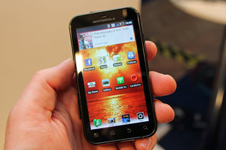 Motorola Defy+ pictures and hands-on