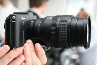 Expanding the Nikon 1 system: Accessories and concepts