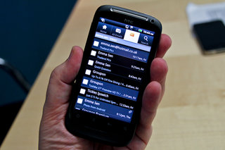 Hotmail Android pictures and hands-on