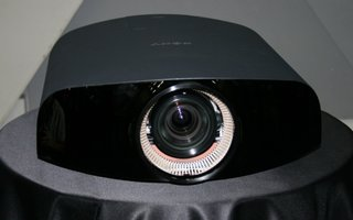 Sony VPL-VW1000ES 4K home projector pictures and hands-on