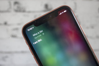 What is Siri and how does Siri work?