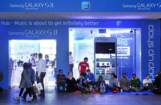 Samsung $2 Galaxy S II stunt attempts to spoil iPhone 4S launch