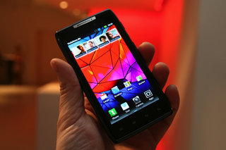 Motorola RAZR pictures and hands-on