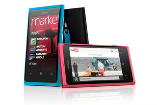 Nokia Lumia 800 available for pre-order