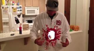 iPad 2 Halloween costume creates bloody blast-hole illusion