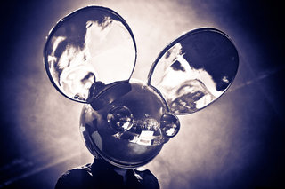 Nokia to host free deadmau5 3D projection gig at Millbank Tower for Lumia 800 launch