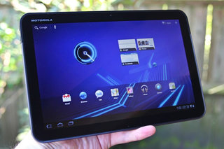 Google tablet to arrive 'in the next 6 months' says Schmidt