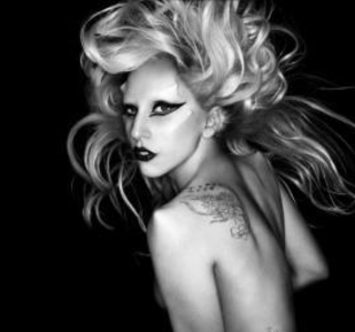 Lady Gaga Twitter hack tricks fans into free iPad 2 scam