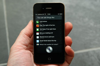 iPhone 4S Siri can double data usage