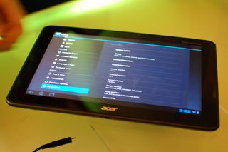 Acer Iconia Tab A700 quad-core tablet gains officialdom