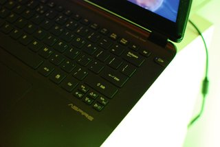 acer aspire s5 ultrabook pictures and hands on image 10