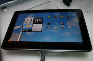 Acer Iconia Tab A700 pictures and hands-on