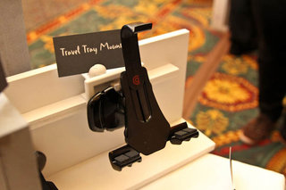 Griffin Tray Table Latch Mount lets you go hands-free on the plane