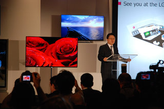 LG goes big on OLED with 55-inch TV