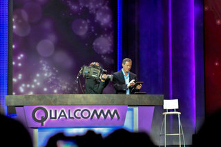 Qualcomm demos Windows 8 on Snapdragon, ready to take the fight to Intel