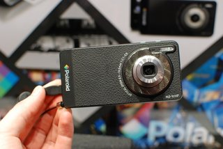 Polaroid SC1630 Android cameraphone pictures and hands-on
