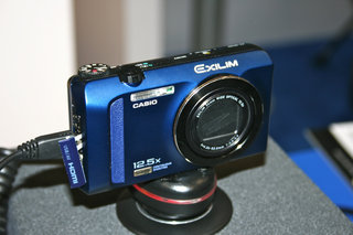 casio exilim ex zr200 pictures and hands on  image 18