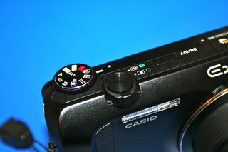 casio exilim ex zr200 pictures and hands on  image 4