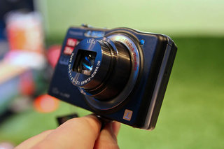 Panasonic Lumix DMC-SZ7 pictures and hands-on