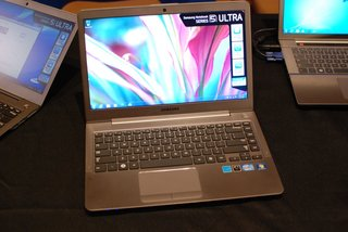 samsung series 5 ultrabooks pictures and hands on image 3