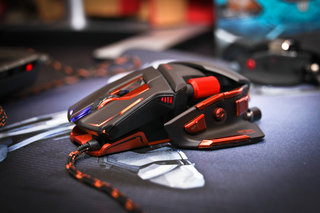 cyborg m m o 7 gaming mouse pictures and hands on image 2