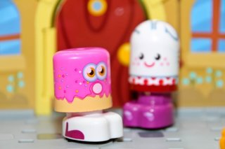 Bobble Bots Moshi Monsters Moshlings pictures and hands-on