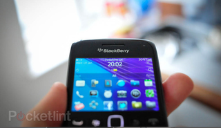 BlackBerry Bold 9790 lands on Vodafone