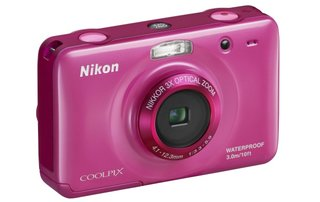 Nikon Coolpix S30 unleashed for big-button family fun