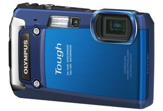 Olympus Tough TG-820 and TG-620 cameras flash in