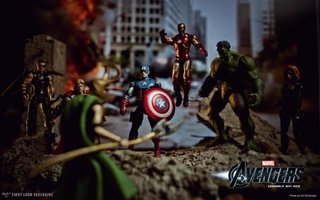 Do The Avengers toy pictures reveal movie secrets?