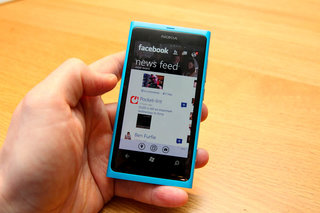 facebook for windows phone 7 update pictures and hands on image 7