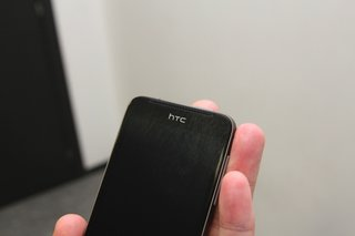 htc one v pictures and hands on image 9