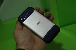 zte era quad core smartphone pictures and hands on image 17
