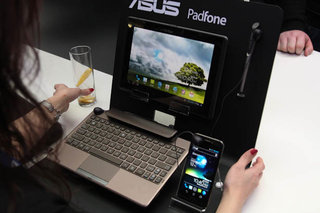 Asus Padfone pictures and hands-on