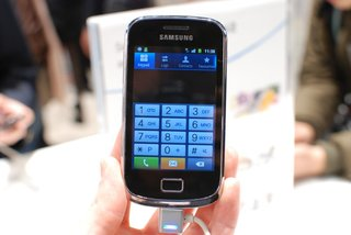 samsung galaxy mini 2 pictures and hands on image 4