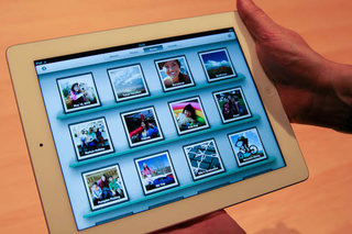 iPhoto for iPad and iPhone detailed