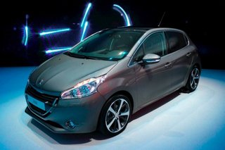 peugeot 208 pictures and hands on image 1