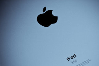 Get the new iPad early from PC World... beat Apple Store queues