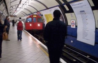 Virgin Media to bring Wi-Fi to London Tube this summer