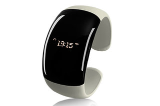 OLED Bluetooth Fashion Bracelet for ladies comes with Caller ID and hang-up