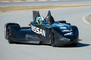 Nissan DeltaWing Le Mans entrant looks more like Batmobile
