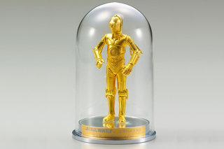 Pure gold C-3PO and silver R2-D2 crafted for 35th anniversary of Star Wars