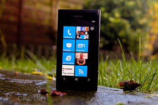 Improved battery life comes with Nokia Lumia 800 update