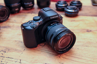 Samsung NX20 pictures and hands-on